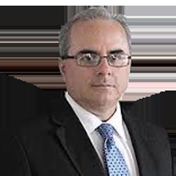 Dr. Francisco Avendaño Arana