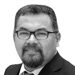 Dr. Mateo Gómez Matos